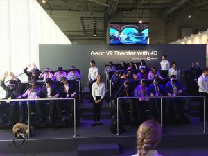 Samsung Gear 360 Messestand: virtuelle Achterbahnfahrt